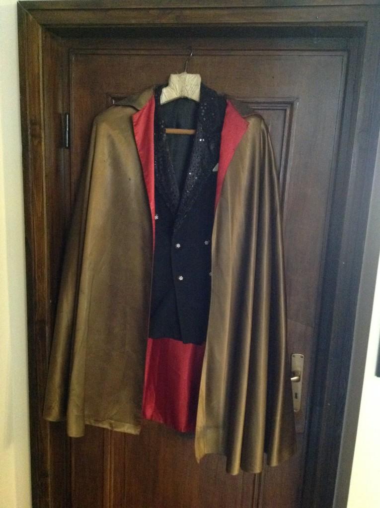 Senko'nun Kıyafeti, Bulgar İlüzyonist, Magic Castle Hotel, Sofya