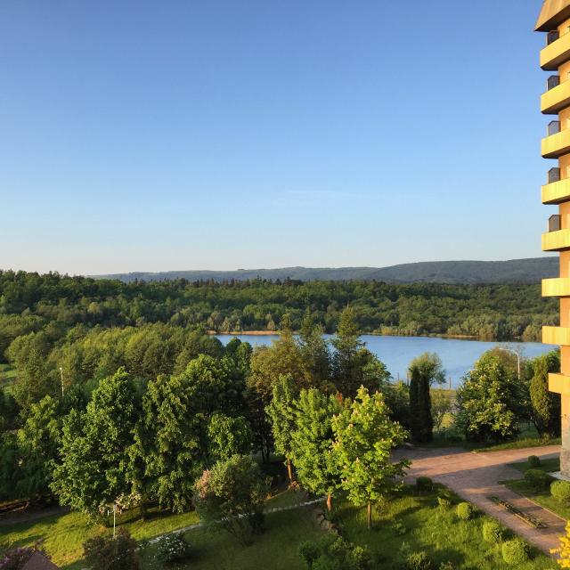 Karpaty Otel Manzarası