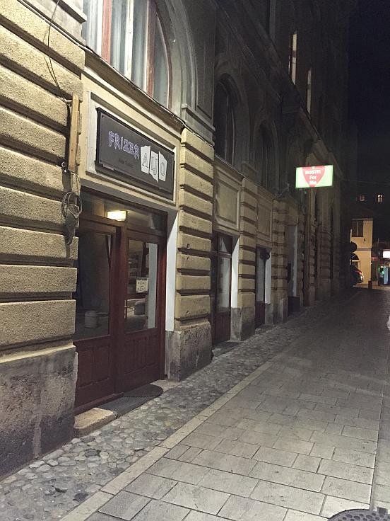 Mali Rooms, Saraybosna