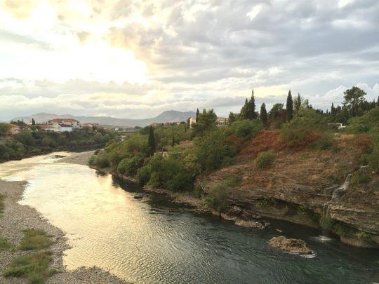 Moraca Nehrinde Gün Batımı